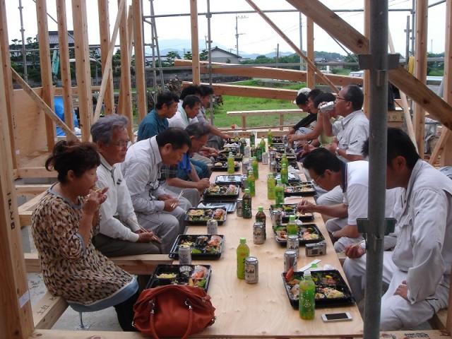 糸島市の注文住宅 H様邸戸建て 上棟式掲載写真5